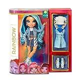 Rainbow High Fashion Doll – Skylar Bradshaw - Blaue Puppe mit Luxus-Outfits, Accessoires und Puppenständer - Rainbow High Series 1 - Perfektes Geschenk für Mädchen ab 6 Jahren